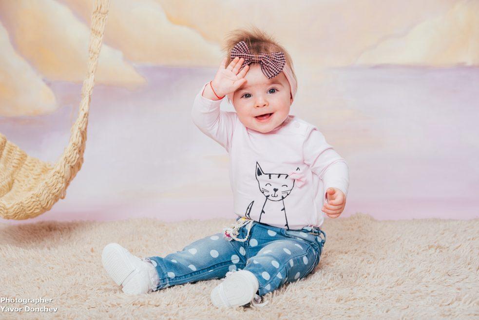 Бебешка фотосесия на Маргаритка